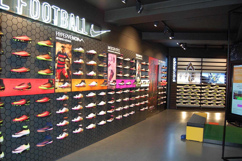 0528f7a42c781 Acquista 2 OFF QUALSIASI calcio shop CASE E OTTIENI IL 70% DI SCONTO!
